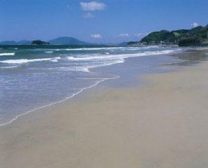 福岡県糸島市の「姉子の浜」画像元:糸島市観光協会公式ホームページ