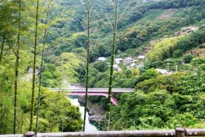有田川と松原橋